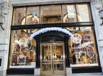 rs_1024x759-151117130320-1024-henribendel-holiday-jennifercooper-1